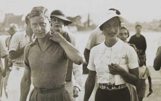 Photo of Edward VIII and Mrs Simpson on holiday