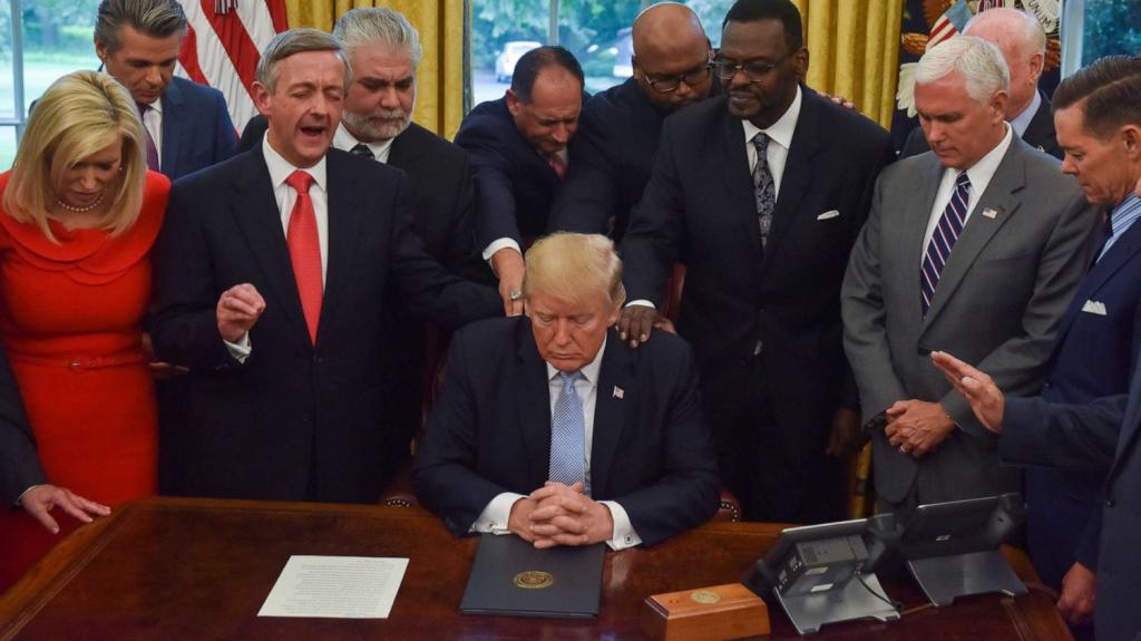 Evangelicals pray with Trump