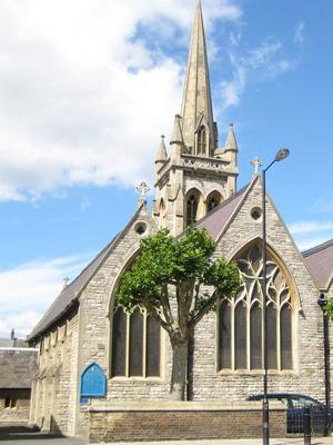 St Thomas of Canterbury, Fulham (Exterior)