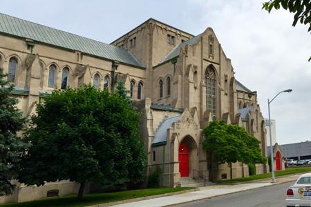 St Paul's Cathedral, Detroir (Exterior)