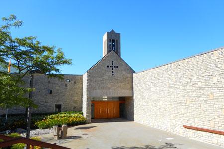 St Hugo, Bloomfield, MI (Exterior)
