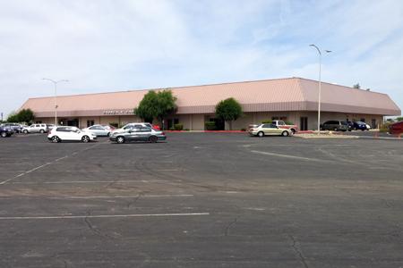 Southwest Church of Christ, Phoenix, AZ (Exterior)